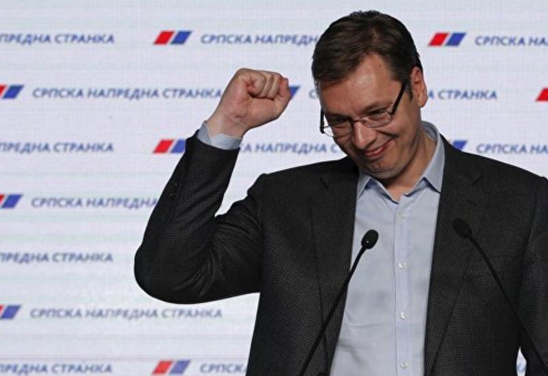 Власть и оппозиция празднуют успех на парламентских выборах в Сербии