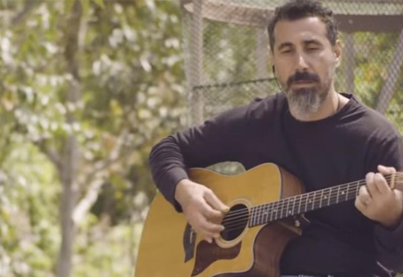 Армянская армия получила новую песню для отступления