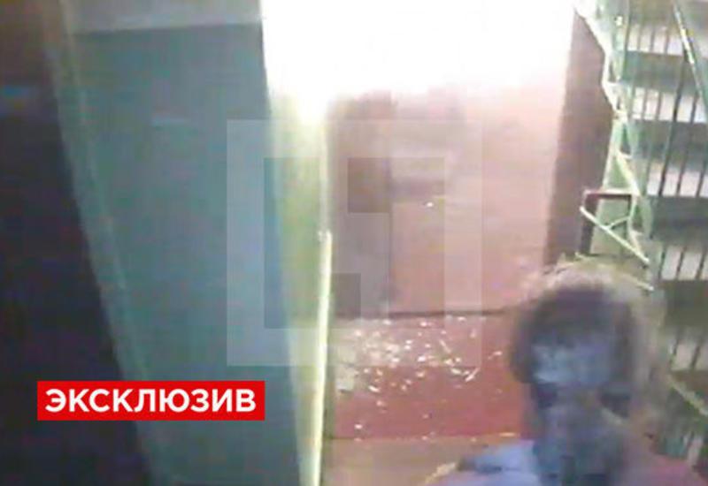 """Взрыв в доме в Санкт-Петербурге засняли камеры <span class=""""color_red"""">- ВИДЕО</span>"""
