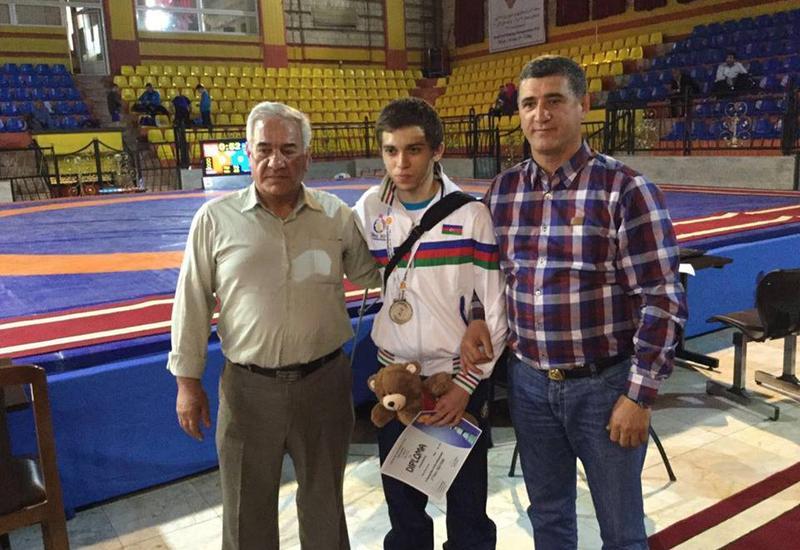 "17-летний азербайджанец стал вторым на ЧМ по борьбе среди глухих <span class=""color_red"">- ФОТО</span>"