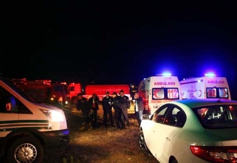 """В Турции в пожаре заживо сгорели отец и 6 детей <span class=""""color_red"""">- ФОТО</span>"""