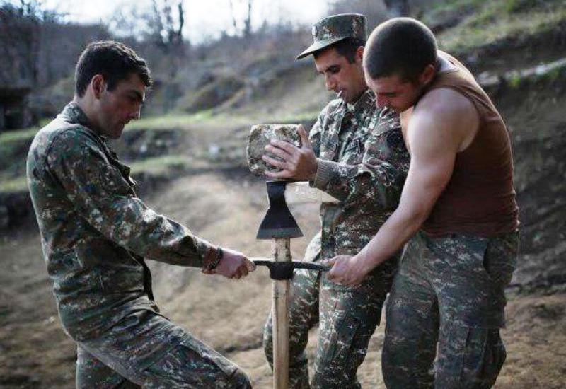Производимая для армянских солдат форма продается в Польше