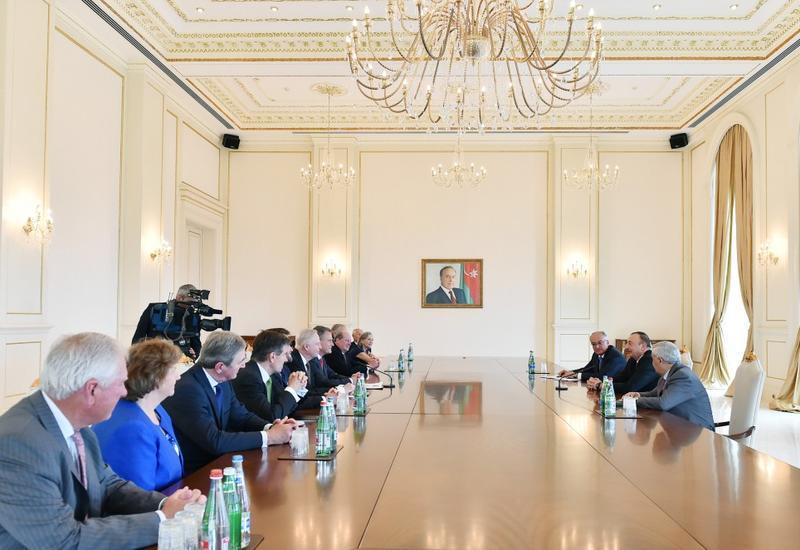 """Президент Ильхам Алиев: Азербайджан на пороге реализации энергетического проекта, имеющего глобальное значение <span class=""""color_red"""">- ФОТО</span>"""