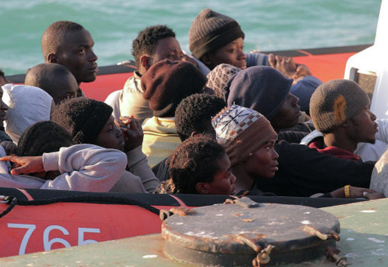 Не менее трех тысяч мигрантов спасены у берегов Ливии