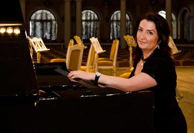 Егяна Ахундова выступит с концертом на сцене Филармонии