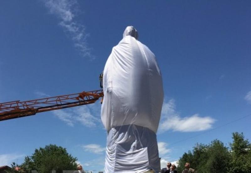 Памятник Нжде показался армянам недостаточно жестоким