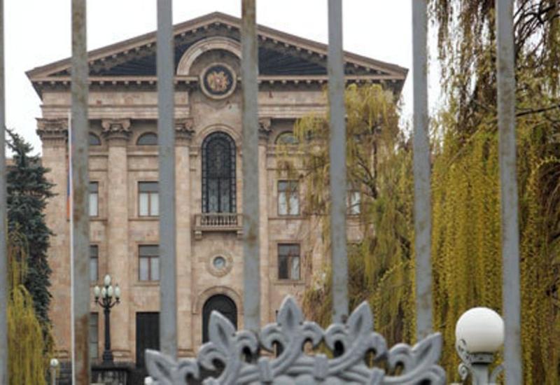 Хамство и насилие в армянском парламенте стали нормой