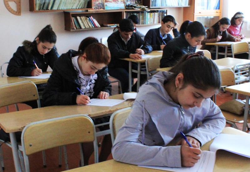 В школах этих городов и районов станет больше классов с уклоном
