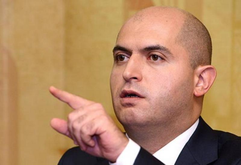 Армен Ашотян продолжает считать себя министром