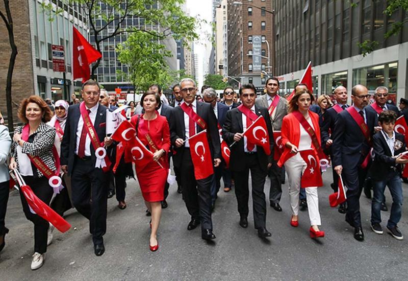 "Nyu-Yorkda Türk yürüşü <span class=""color_red"">- FOTO</span>"