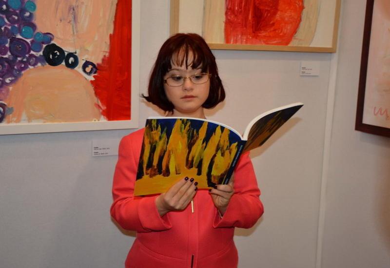 """В Лувре открылась персональная выставка талантливой молодой художницы Марьям Алекберли <span class=""""color_red"""">- ФОТО</span>"""