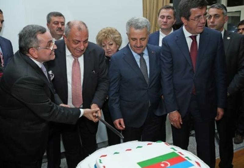 Тугрул Тюркеш: Турецкий народ всегда был и будет рядом со своими азербайджанскими братьями