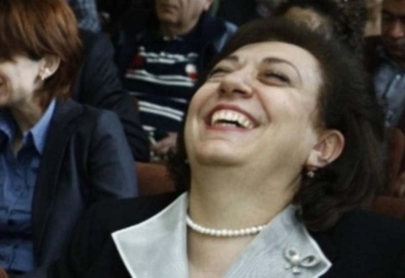 """Гранушка-путешественница. Как армянский министр растратила миллионы на полеты <span class=""""color_red""""> - ФОТО</span>"""