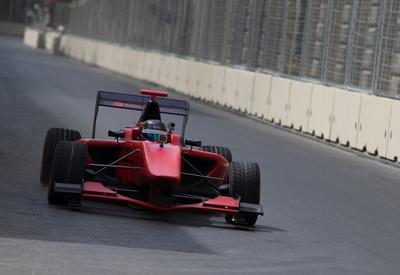 "19-летний азербайджанский пилот ""Формулы"" протестировал трассу Baku City Circuit <span class=""color_red"">- ФОТО - ВИДЕО</span>"