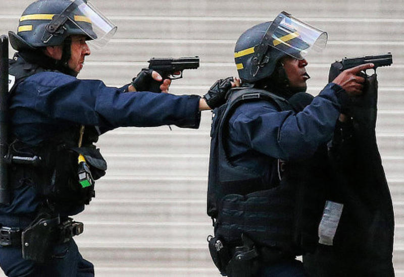 """Новое ЧП во Франции: неизвестные захватили заложников в церкви <span class=""""color_red"""">- ОБНОВЛЕНО - ВИДЕО</span>"""