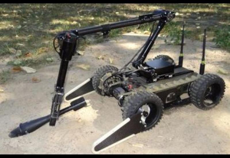 """Польша запускает серийное производство роботов-саперов <span class=""""color_red"""">- ВИДЕО</span>"""