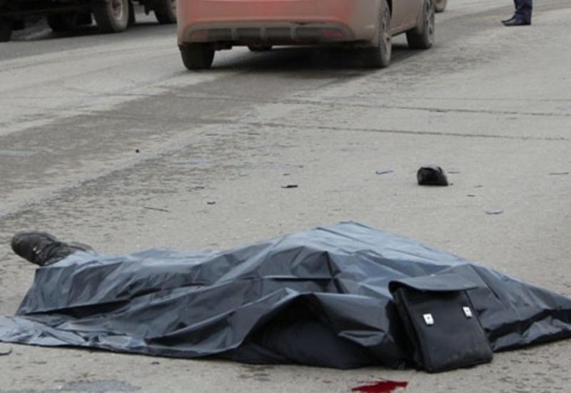 """Avtomobil piyadaları vurdu, ölən və yaralanan var <span class=""""color_red"""">- VİDEO</span>"""