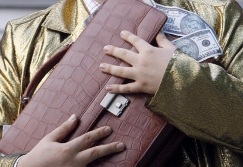 Незаконный вывоз денег из Армении продолжает расти