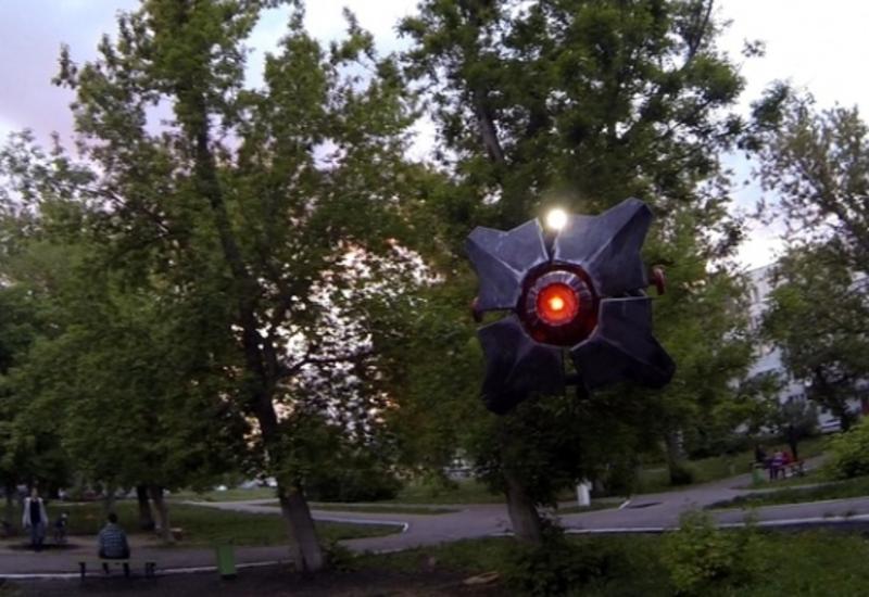 """Россиянин построил дрон из компьютерной игры Half-Life 2 <span class=""""color_red"""">- ВИДЕО</span>"""