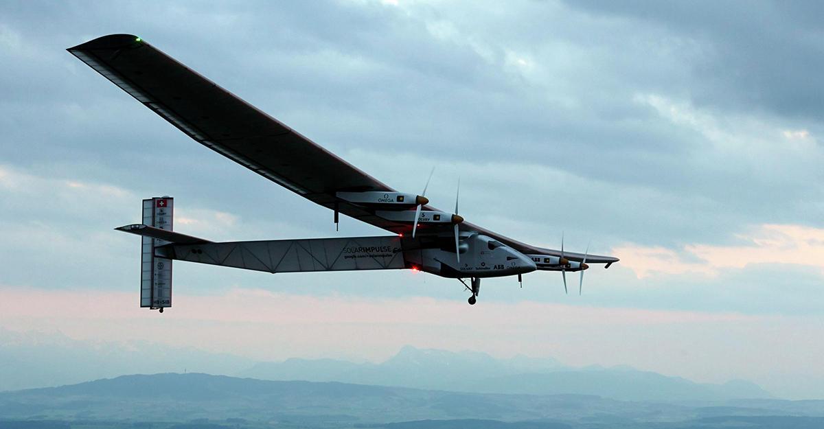 Очередной полет «солнечного» самолета Solar Impuls-2 отложили из-за ливней