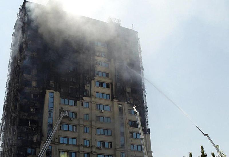 """Суд по делу о страшном пожаре в Бинагади отложен: обвиняемый впал в кому <span class=""""color_red"""">- ПОДРОБНОСТИ</span>"""
