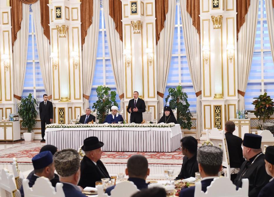 «ВСАрмении должны быть выведены изНагорного Карабаха»— Президент Азербайджана