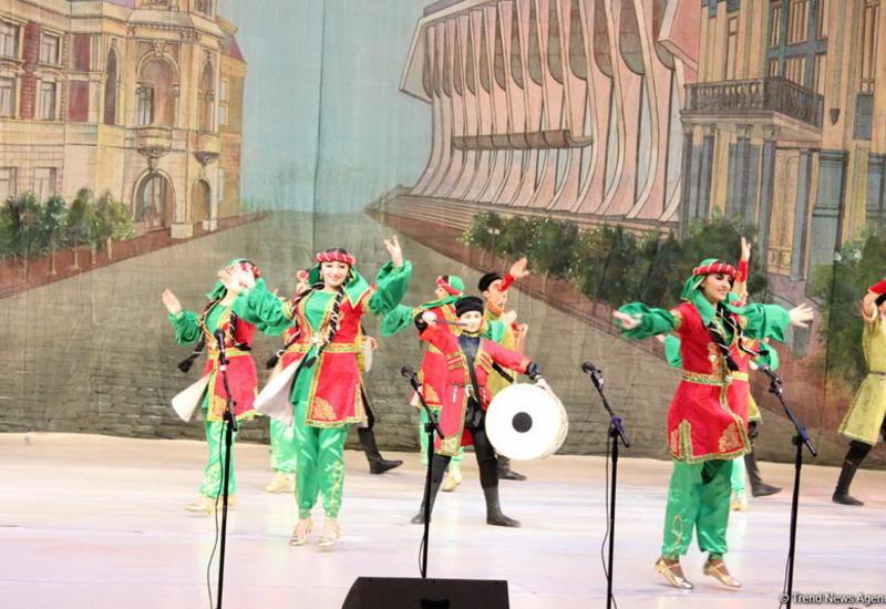 """В Баку пройдет красочный фестиваль нацменьшинств <span class=""""color_red"""">- ФОТО</span>"""