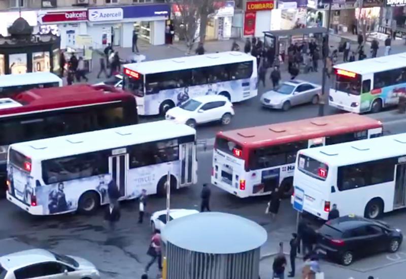 """Bakıda avtobusların ayrıca yolu olacaq <span class=""""color_red"""">- VİDEO</span>"""
