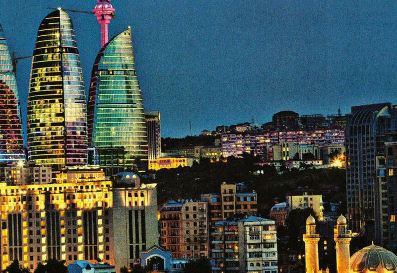 Баку - в топ-10 популярных городов у туристов на новогодние праздники