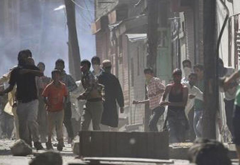 В Индии напали на полицейский конвой, много раненых