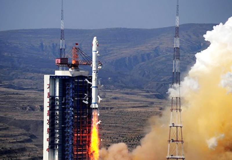 """Китай успешно запустил новую ракету-носитель """"Чанчжэн-7"""""""