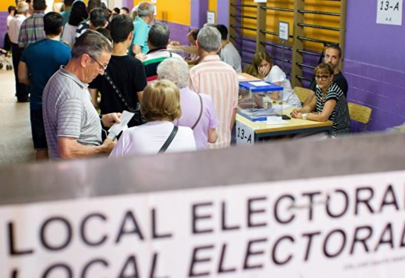 В большей части Испании завершились досрочные выборы в парламент