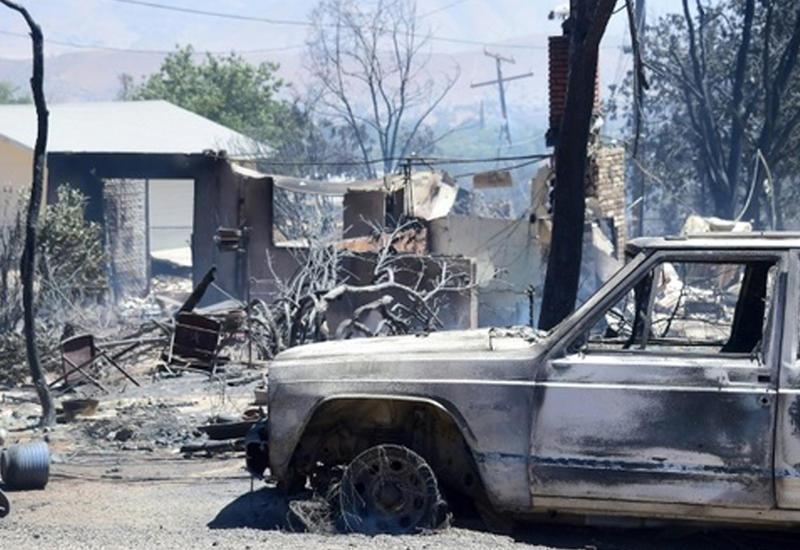 """Сильные пожары в Калифорнии уничтожили 150 домов <span class=""""color_red"""">- ФОТО</span>"""