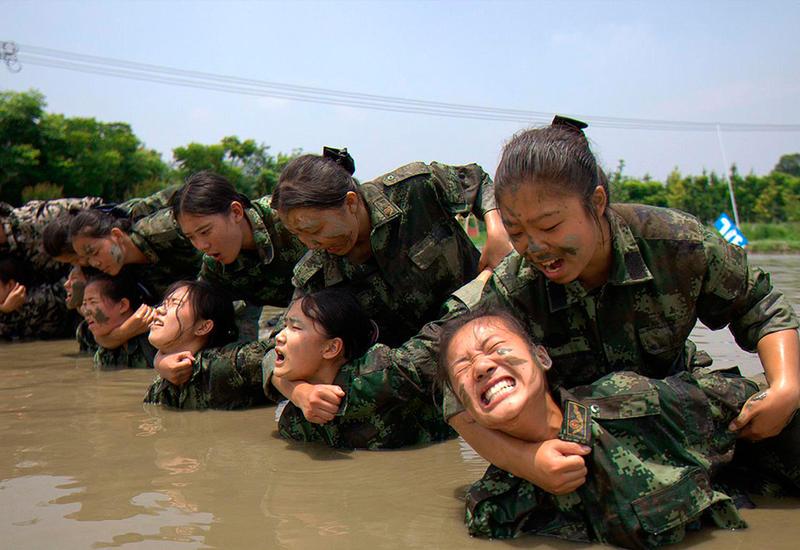 """Как тренируют стюардесс в Китае <span class=""""color_red"""">- ФОТО</span>"""