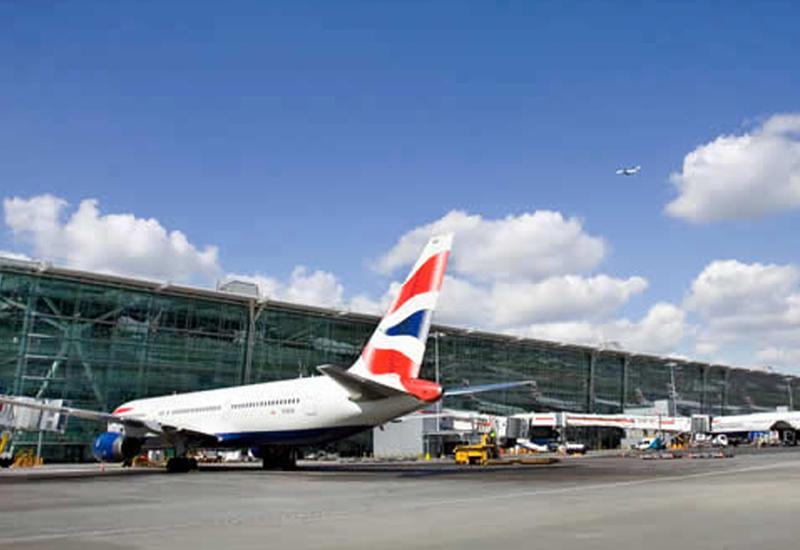 В аэропорту Лондона эвакуировали пассажиров
