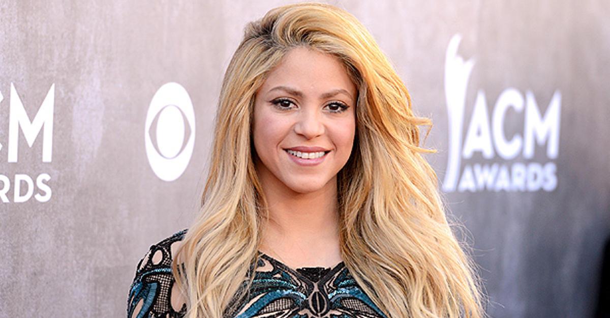 Шакира певица фото голая 3 фотография