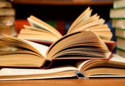 Казахские писатели награждены премией Клуба писателей Азербайджана