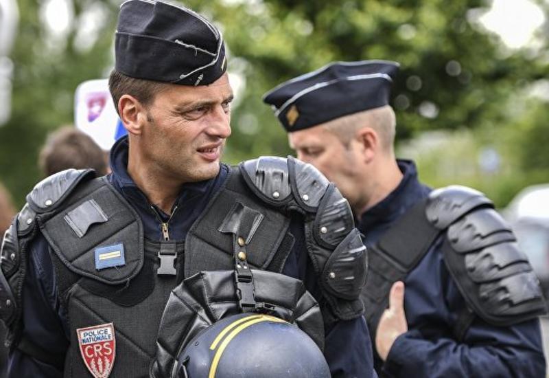 Французская полиция задержала более 80 человек в ходе манифестаций