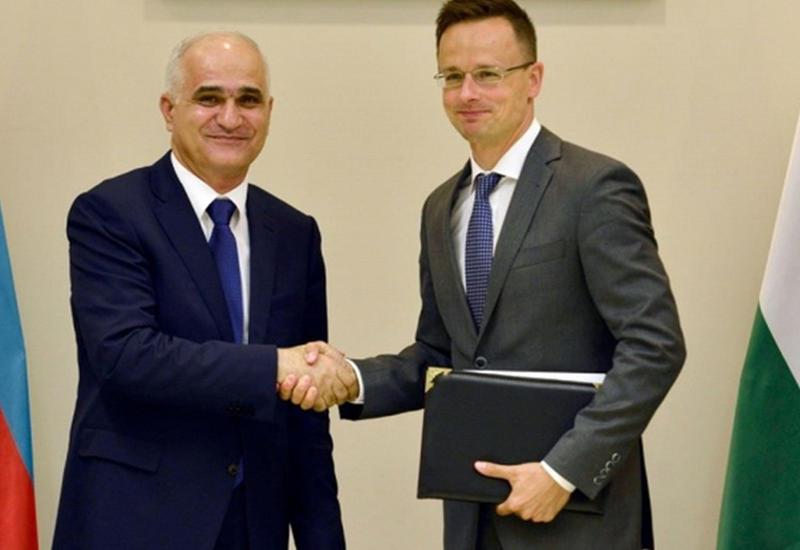 """Венгрия обещает не допустить на свой рынок товаров сепаратистов <span class=""""color_red"""">- ФОТО</span>"""