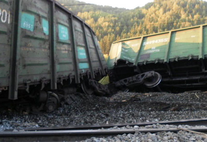 В Техасе столкнулись поезда, вспыхнул пожар