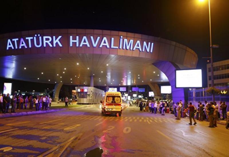 Самолетам в воздухе над Стамбулом разрешат сесть в аэропорту Ататюрка