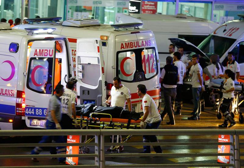 """В соцсетях теракт в Стамбуле связали с годовщиной создания """"халифата """"ИГ"""""""""""