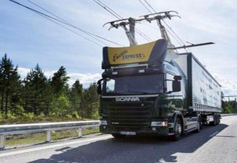 """В Швеции открыли первую в мире дорогу для грузовиков-электричек <span class=""""color_red"""">- ВИДЕО</span>"""