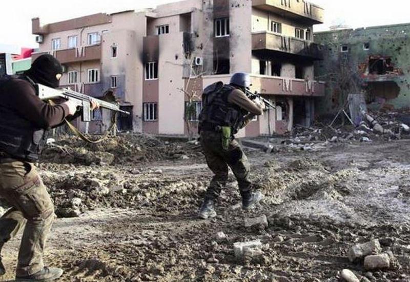 Бои в Турции: есть погибшие и раненые