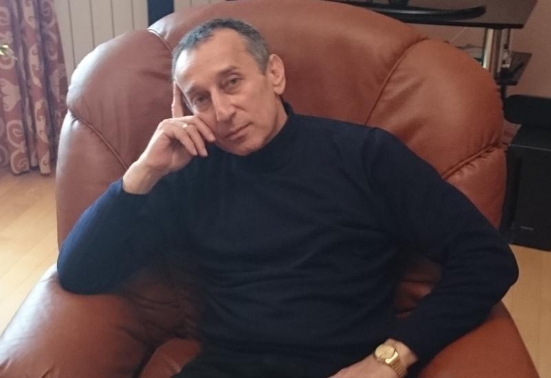 """Только в Азербайджане: Намик Сафиханов о создании уникальных художественных произведений из стекла <span class=""""color_red"""">- ФОТО</span>"""