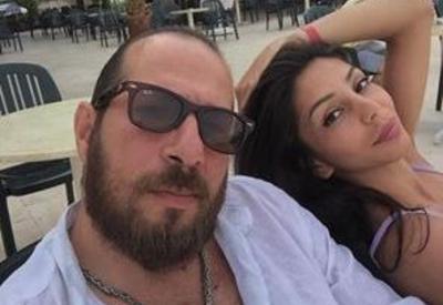 Известный актер отдыхает с супругой в Турции