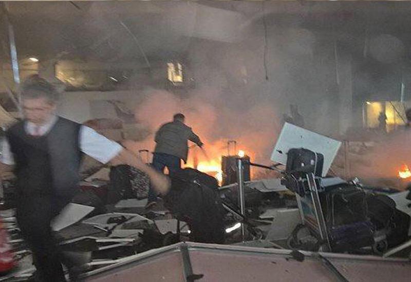 """В Сети появилось новое видео взрыва в аэропорту Стамбула <span class=""""color_red"""">- ВИДЕО</span>"""