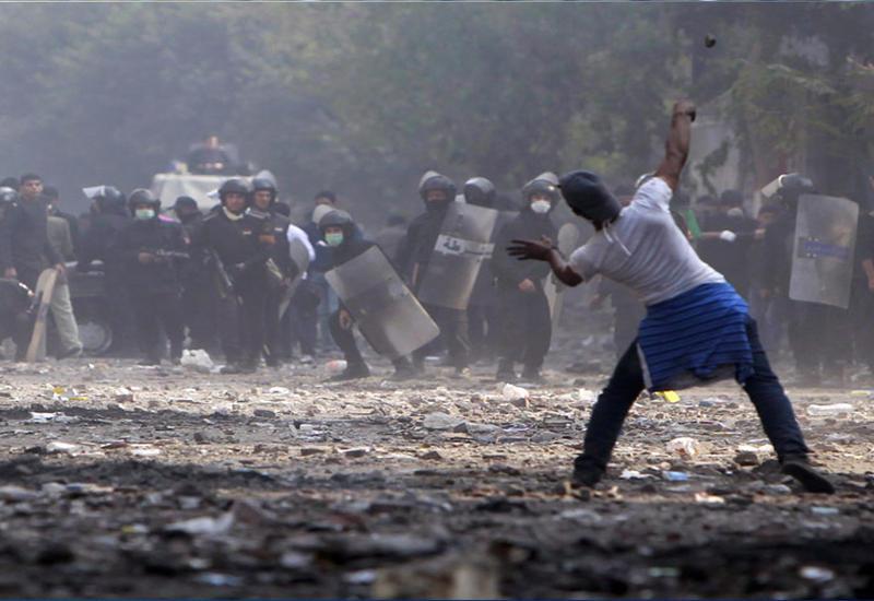 """В Каире протестуют учащиеся выпускных классов <span class=""""color_red"""">- ВИДЕО</span>"""