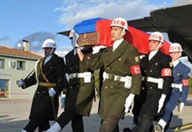 """Rus pilotun ailəsinə Türkiyədə ev hədiyyəsi <span class=""""color_red"""">- FOTOLAR</span>"""