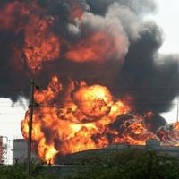 Взрыв на бакинском заводе: есть пострадавшие